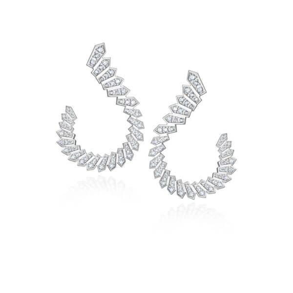 Brinco Luxus Branco c/ Brilhantes -